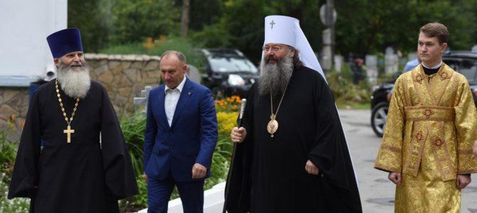 Архиерейская служба с Митрополитом Кириллом