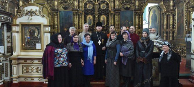 Фото на память с епископом Алапаевским и Ирбитским Леонидом