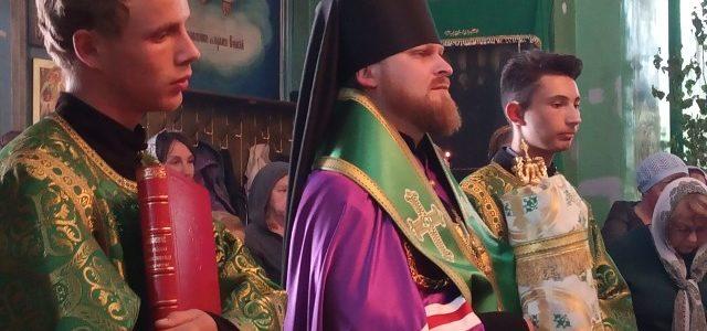 Всенощное бдение в Свято-Троицком Архиерейском подворье г. Ирбит возглавил епископ Алапаевский и Ирбитский Леонид